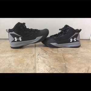 Under Armour Jet Mid Basketball Shoe